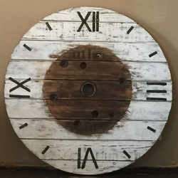 DIY clock from an electrical spool