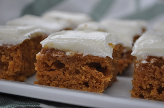 The best pumpkin bars with cream cheese frosting