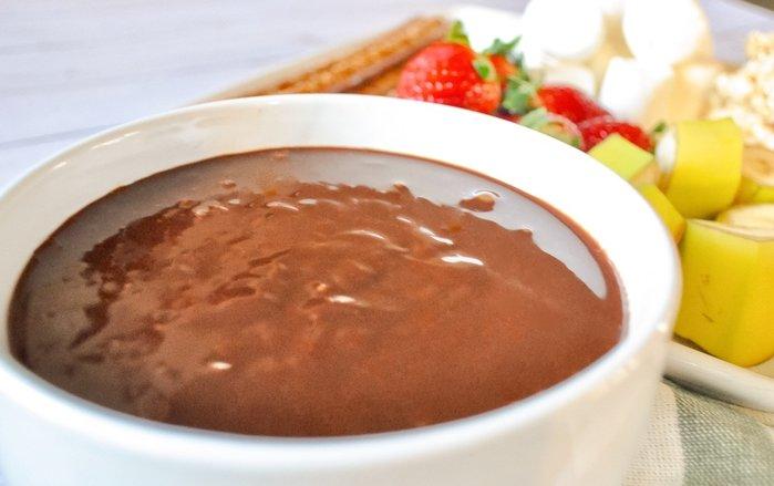 Gourmet chocolate fondue