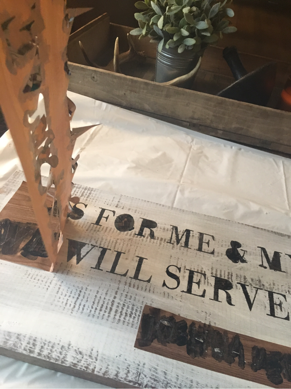 Stenciling signs