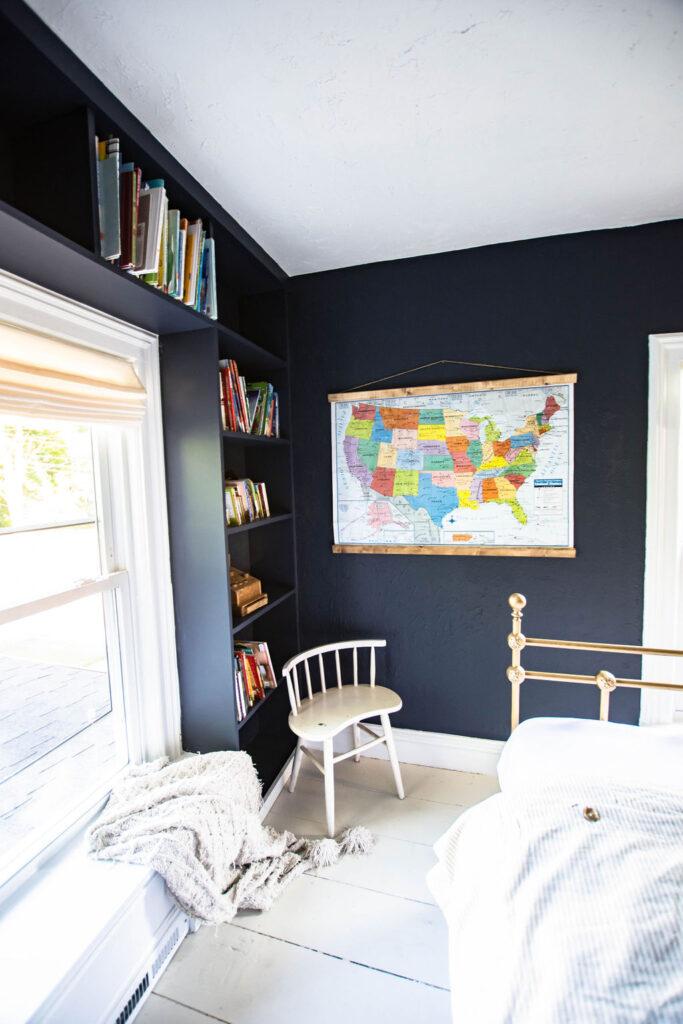 do dark walls look good in bedrooms