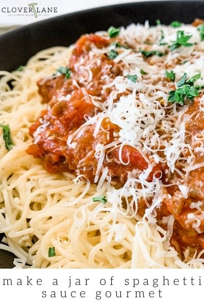 How to doctor your jar of spaghetti sauce! The best dinner on a busy night!