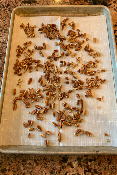 How to roast pecans in oven.#easy #recipe #fall #pumpkin #frenchtoast