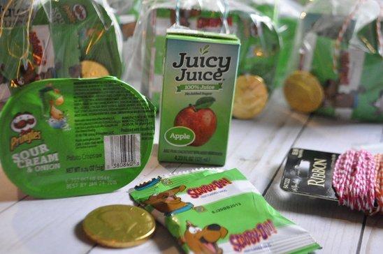 Green St. Patricks Day snacks