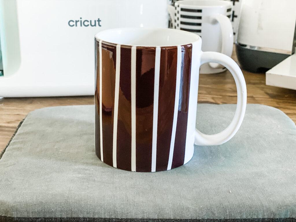 Striped mug DIY